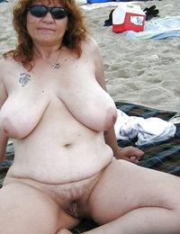 hairy bush nude natural babes
