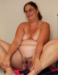 hairy amateur babes