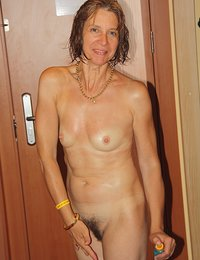 skinny babes extreme hairy pussy hairy
