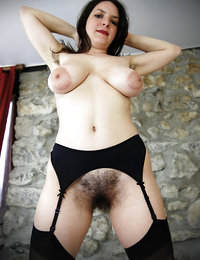 best hairy horny mature ebony babes